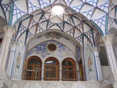 خانه تاریخی بروجردی