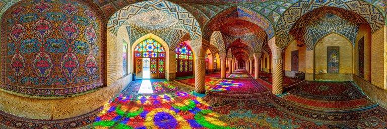 -الملک-شیراز مسجد نصیرالملک شیراز، مسجد رنگ ها