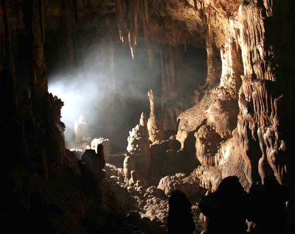 barezard-2606-mm2 غار بره زرد