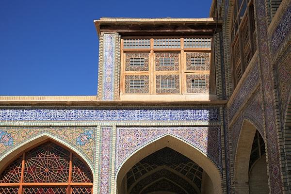 nasir1 مسجد نصیرالملک شیراز، مسجد رنگ ها