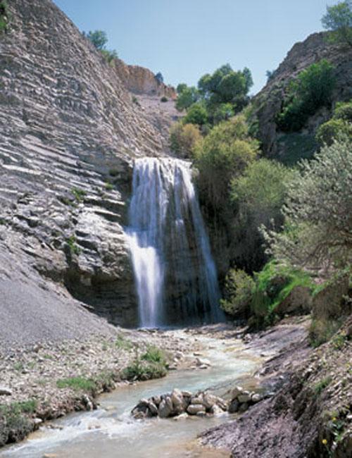 آبشار-اما8 آبشار اما ایلام