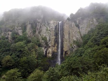 آبشار لاتون 2 آبشار لاتون