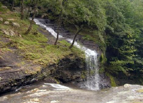 آبشار لاتون 3 آبشار لاتون