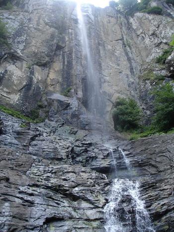 آبشار لاتون 5 آبشار لاتون