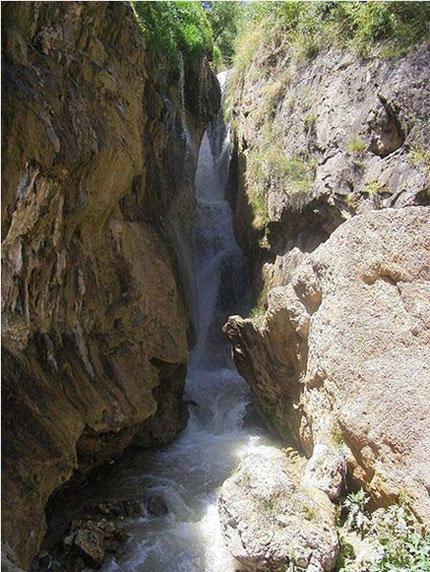 آبشار-گل-آخور2