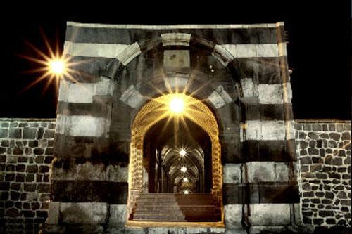 دروازه سنگی