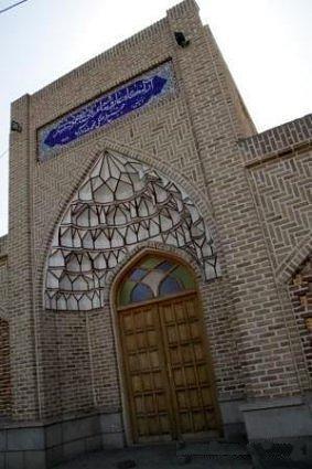 شبستری 6 آرامگاه شیخ محمود شبستری
