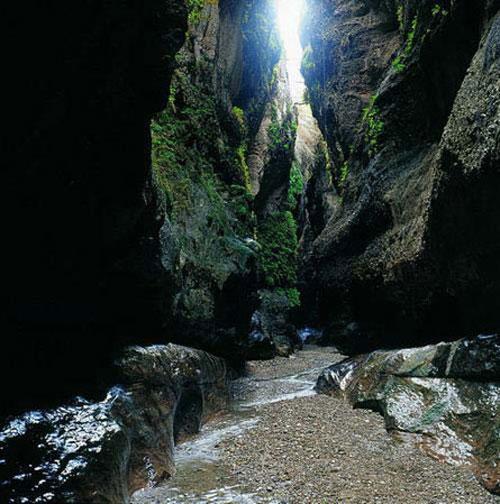 غار-زینه-گان12 غار زینگان