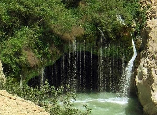 ab malakh5 آبشار آب ملخ