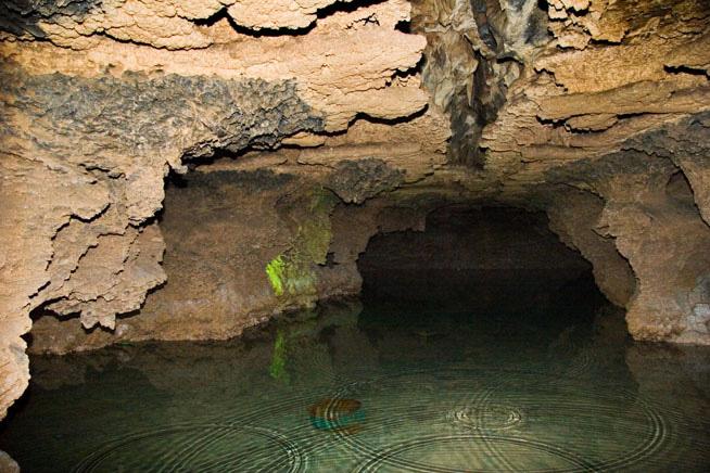 alisadr-cave-03