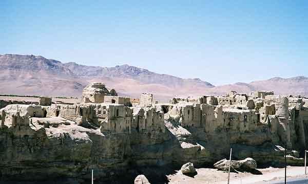 ezadkhast-0307-mm1 قلعه ایزدخواست