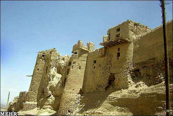 ezadkhast-0307-mm6 قلعه ایزدخواست