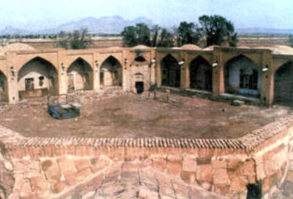 کاروانسرای قلعه شور