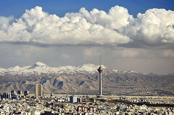برج میلاد تهران ابری برج میلاد تهران