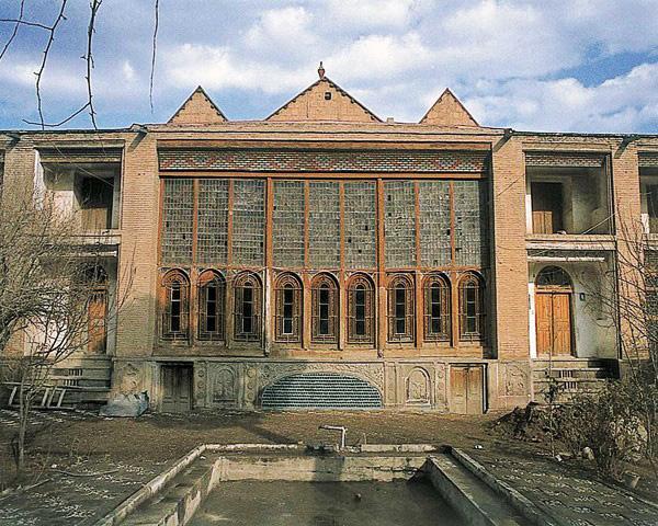 خانه وحسینیه امینی ها قزوین