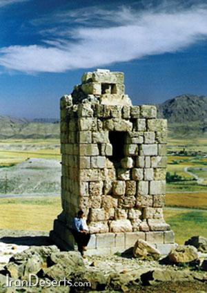 میل اژدها (برج نور آباد )