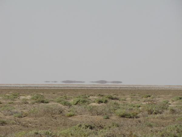 جزیره 3 جزیره سرگردان در دریاچه نمک