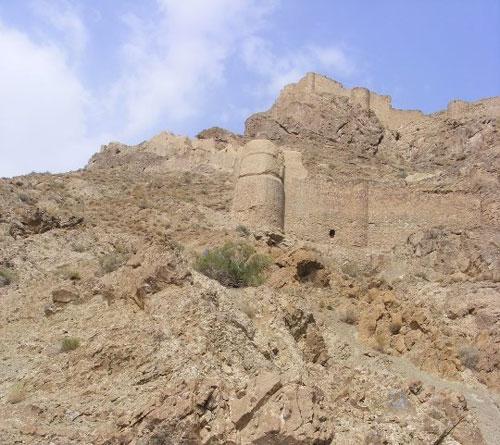 قلعه-های-سارو4 قلعههای ساروی