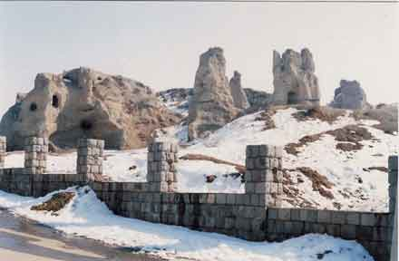 ماندگار 1 قلعه مانداگارانا