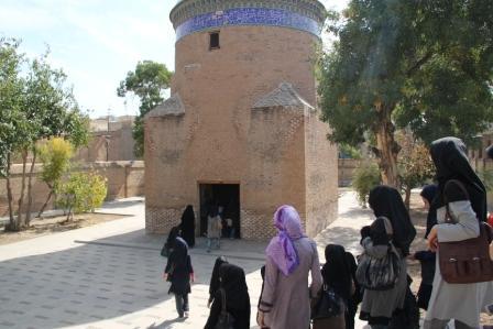 آرامگاه حمداله مستوفی قزوین