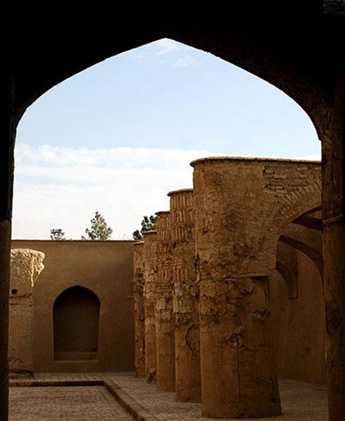 -تاریخانه5 مسجد تاریخانه دامغان