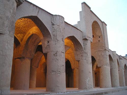 -تاریخانه8 مسجد تاریخانه دامغان