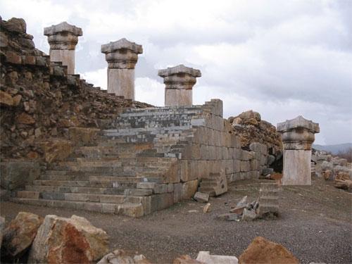 معبد آناهیتا حال تخت جمشید دوم وخیم است!