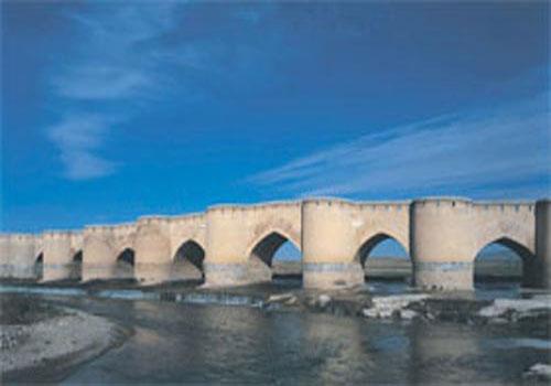 پل فرهاد آباد