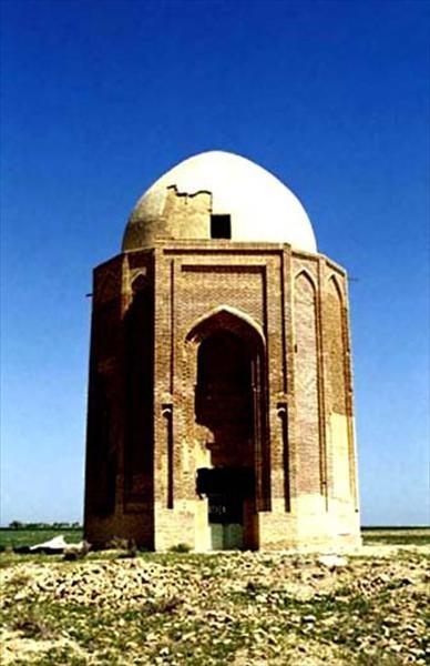 پیرمراد بنای تاریخی پیر مراد آباد اراک
