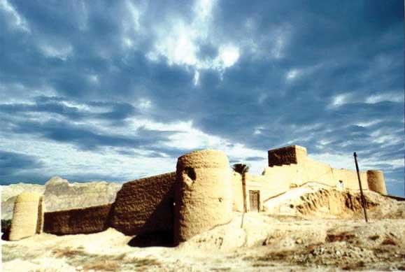 کلات اهرم قلعه کلات