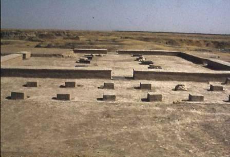 کاخ کوروش دشتستان