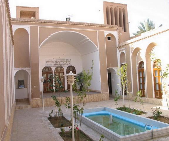 khane khatavi-b خانه آیت الله خاتمی (موزه رجال و مفاخر اردکان)
