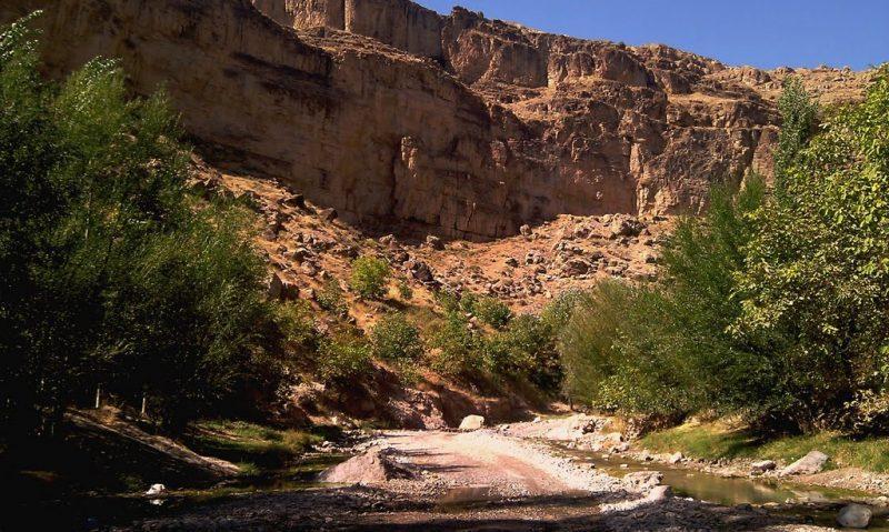 دره آل کلات