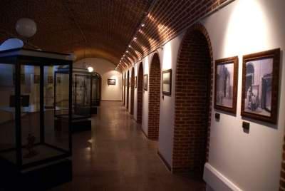 b140 موزه تاریخی مردم شناسی