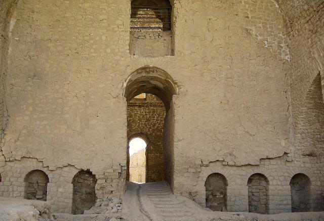 اردشیر 1 کاخ اردشیر بابکان