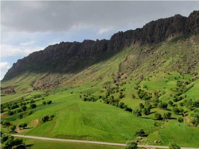 مجموعه توریستی مخمل کوه