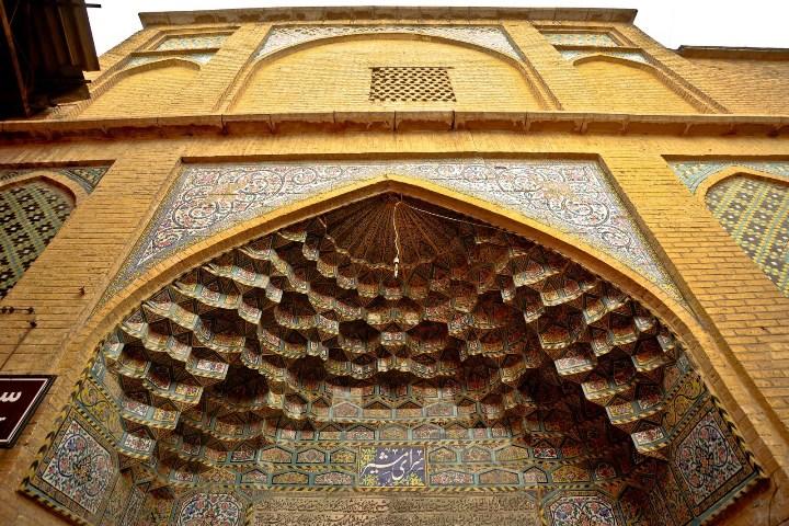 سرای مشیر  جاهای دیدنی شیراز - 20 جاذبه برای تابستان