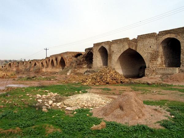 shoshtar_003 بند قیصر (پل شادروان )