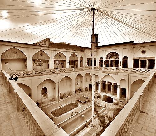 خانه تاریخی تاج