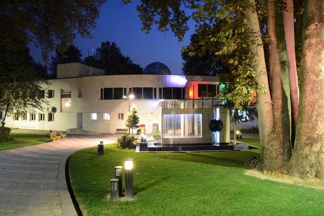 مرکز علوم ستاره شناسی تهران