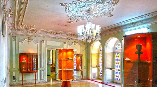 موزه 5 موزه آیینه و روشنایی