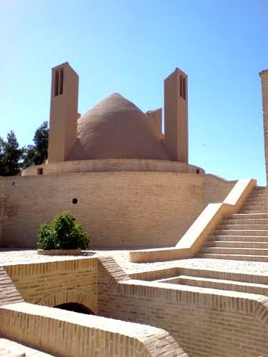 کاروانسرای شاه عباس میبد