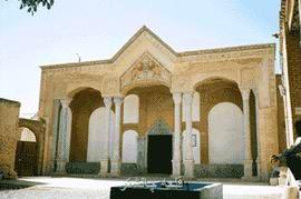 ghale-chalsh7 سردرب قلعه چالشتر