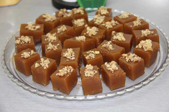 طرز تهیه ی دسرسنتی ایرانی باستخ