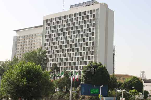-2 بهترین هتل های 5 ستاره و معروف تهران را می شناسید ؟