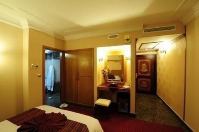 قصر 3 هتل قصر طلایی مشهد