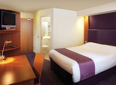 قصر 4 هتل قصر طلایی مشهد