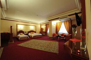 قصر 6 هتل قصر طلایی مشهد