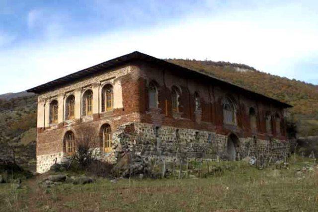 مسجد مسجد آق اولر