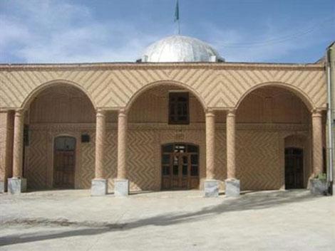 1 مسجد جامع تکاب